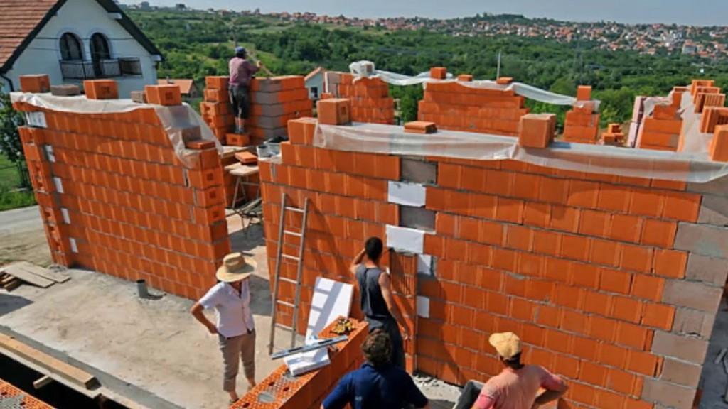 Строительство дома из пустотелого поризованного кирпича